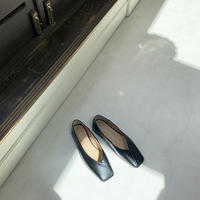squaretoe vcut flat shoes