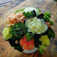 Happy mother's day イエロー&オレンジカーネーションのarrangement