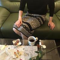 Pattern monotone skirt