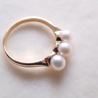 K18 Three Pearl Ring