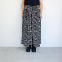 FACTORY バンブーコットン黒×ドット柄 ギャザースカート