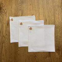 MUNGAI / ムンガイ/リネン チーフ/刺繍モチーフ/絵文字