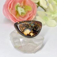 天然アイアンオパールのブローチ☆ オーストラリア・ヤワー産の原石から磨いた1点もの