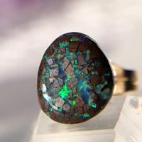 天然ボルダー(アイアン)オパール14kgf片耳ピアス☆オーストラリア・Yowah産原石から磨いた1点もの!