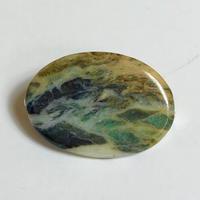 糸魚川産!天然サーペンチン(蛇紋岩)のブローチ☆原石から磨きました