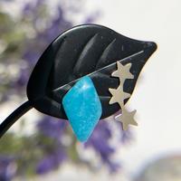 天然ヘミモルファイトとお星さまの14kgfピアス☆原石から磨いた1点もの!