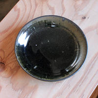 山田隆太郎:黒釉 6寸リム皿