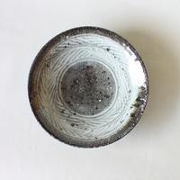 八田亨:三島手5寸皿(2)