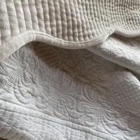 ホワイトフランネルマルチキルトカバー200x250cmダブルサイズ