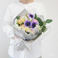 【5/7〜9お届け不可】季節のブーケ M