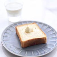 至高の目覚め|約21cm 1斤半:非常にシンプルでデイリー使いしやすい食パンです。到着したらすぐにスライスして食べない分は冷凍庫へ保管ください