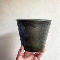 Black Pot  (14cm)