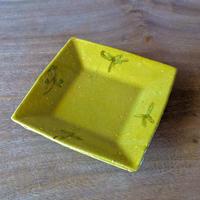 黄釉  角皿/及川静香