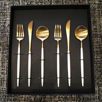 クチポールGOA白×金 デザートフォーク・デザートナイフ・デザートスプーンセット