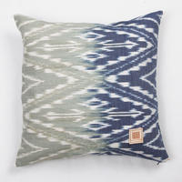 Natural Indigo dyeing handwoven cotton cushion cover  天然インディゴ染め、手織りコットンクッションカバー PCI-001