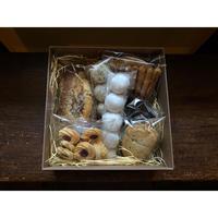 ココナッツモカケーキとクッキーBOX【5/16日発送】