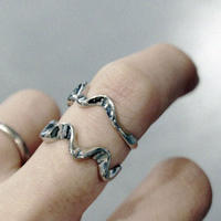 HARF WAVE RING