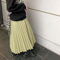 LEATHER-LIKE PLEATS SKIRT