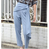 DRAPE TAPERED PANTS