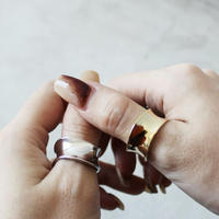 WIDE  BEND  THUMB  RING