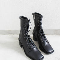 SQUARE  TOE  LACE UP BOOTS