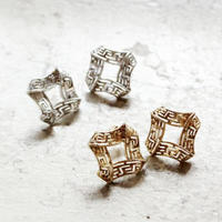 G   FOLD  SQUARE PIERCE