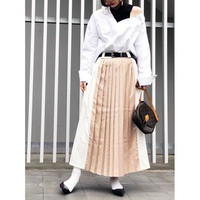 WIDE LINE PLEATS SKIRT