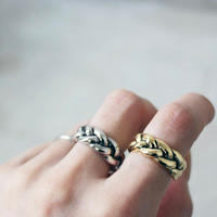 BOLD  TWIST  RING