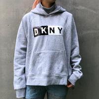 【DKNY】SPANGLE LOGO HOODIE