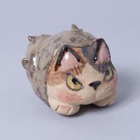 岡村洋子「猫かぶり・さざえのつぼ猫」