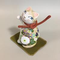 小紅「秋の見返り猫」 (石粉粘土)