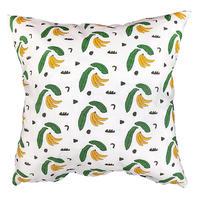 """""""Banana"""" cushion - Lilian Martinez (bfgf)"""