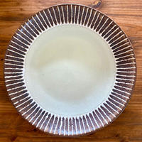 【眞正陶房】大人のやちむん7寸皿 マカロン オフホワイト
