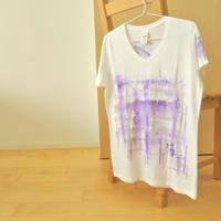 手描きTシャツ(XLサイズ・Vネック・フルペイント) 〔銀・むらさき〕