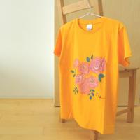 手描きTシャツ(Lサイズ・片面ペイント) 〔ゴールドイエロー×バラ〕