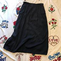 [USED] BLACK レーヨンスカート DOT刺繍入り