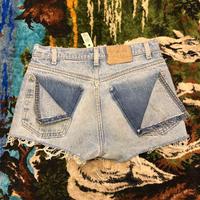 [USED] BACKがカワイイ♡Levi's CUTOFF Denim Shorts