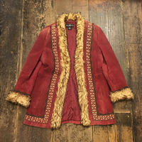 [USED] 渋い赤色 SUEDE ヒッピー刺繍コート