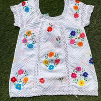 [USED] 花柄刺繍のTOPS