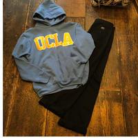 [USED]UCLA  パーカー