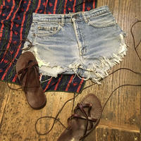 [USED] ふさふさ♡Levi's CUTOFF DENIM SHORTS