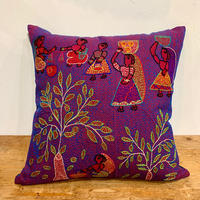 Sujini Cushion Cover 40*40 (Tree of life and market)