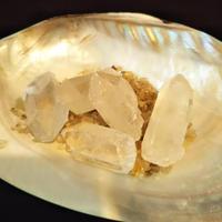 【身近な仲間】水晶ポイント/Rock crystal