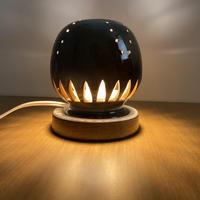 幻の須佐唐津焼 窯元製作陶器ランプ 黒 カーブ 電球色LED