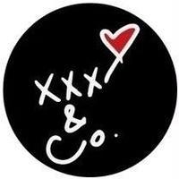 缶バッチXXX&Co.(大)