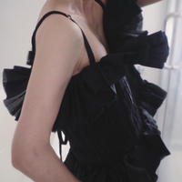 pleated top with straps  black