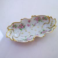 Vintage plate flower