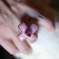 Cross Motif Ring Pink