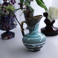 "Vintage flower vase""p"""