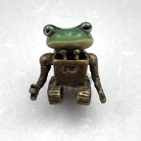#8 ペンダント-カエルとロボット